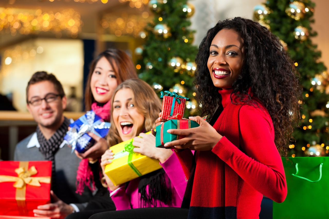 Why You Should Plan A Company Holiday Party